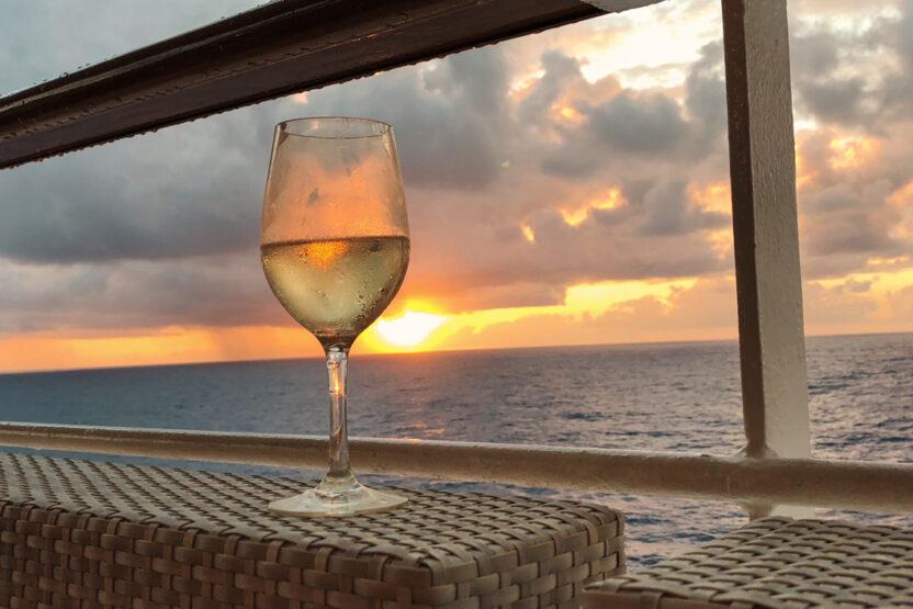 Sonnenuntergang auf dem Wasser