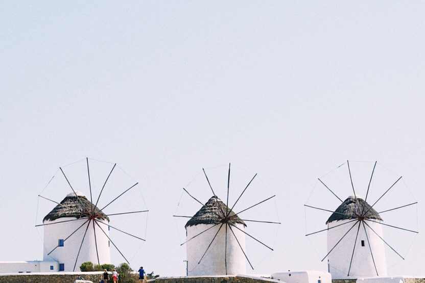 Die bekannten Windmühlen auf dem Hügel Kato Mille