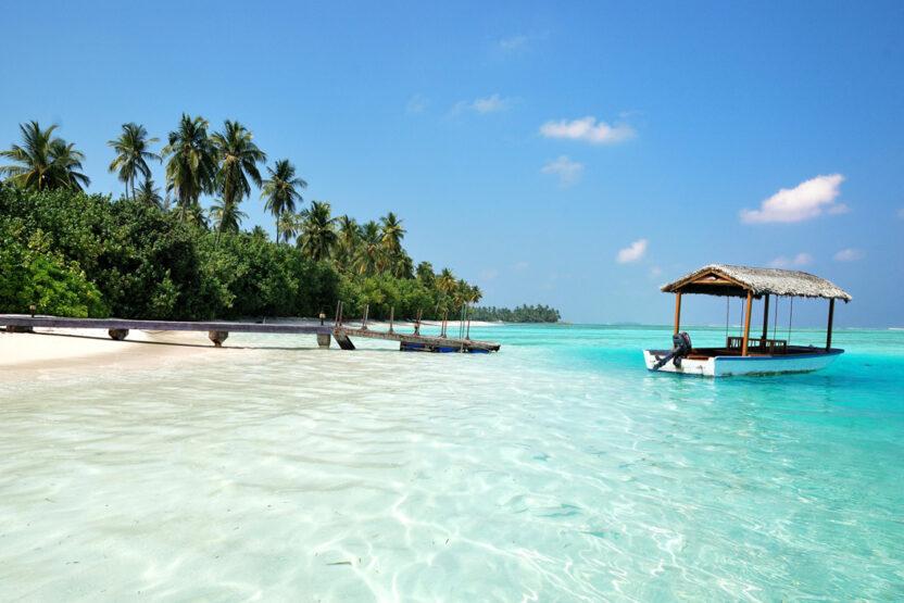 Glasklares Wasser auf den Malediven