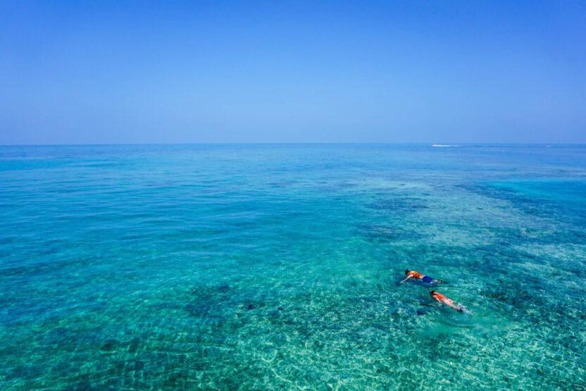 Deux snorkeleurs en Égypte