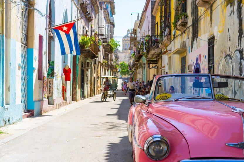 Ab nach Kuba - tanz auf den Straßen und spüre das exotische Leben